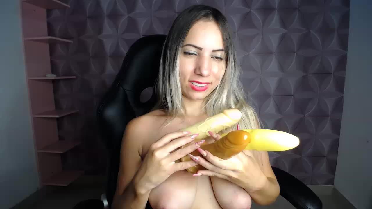 sexy blowjob dildo